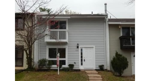 2 Level Town Home in Sterling, VA